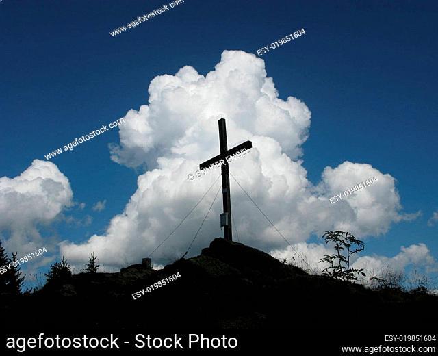 Kreuz auf dem Steinplangipfel Steiermark