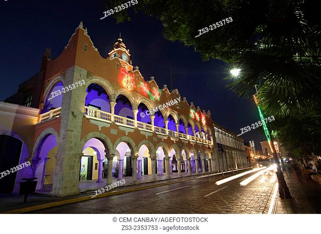 Palacio Municipal and Ayuntamiento-Town Hall in Zocalo at the historic center by night, Merida, Yucatan Province, Mexico, Central America