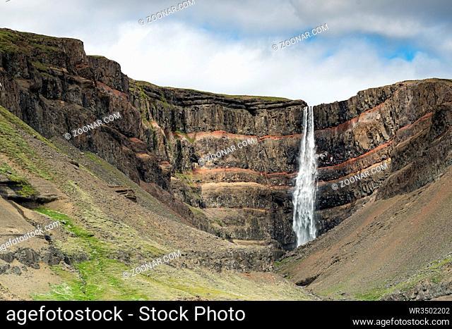 Hengifoss Wasserfall Island