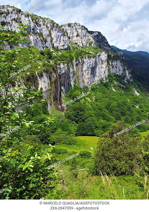 Collados del Ason Natural Park. Ason river source. Soba municipality. Cantabria autonomous community. Spain
