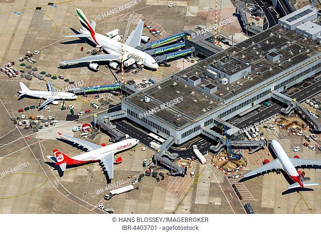 Aerial view, Düsseldorf Airport, A6-EOB Emirates Airbus A380-861 at gate, passenger boarding bridge, Düsseldorf, Rhineland, North Rhine-Westphalia, Germany