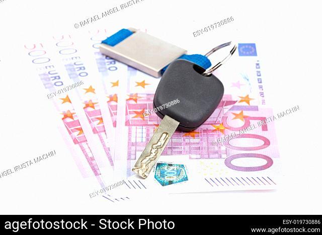 Car key and euro bills