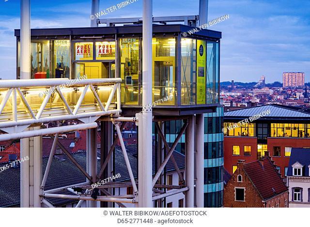 Belgium, Brussels, Place Poelaert, street elevator to the Marolles area, dawn