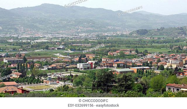 houses and country houses in the province of vicenza and the surrounding plain
