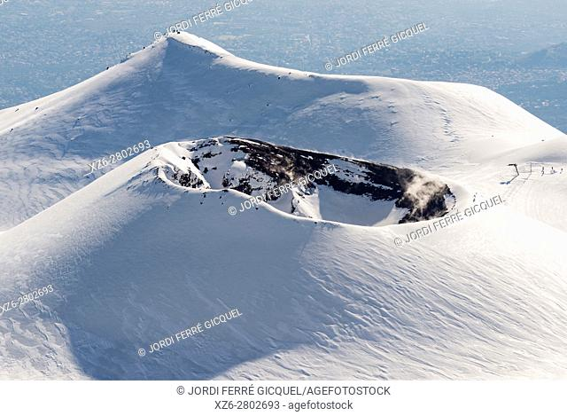 Monte Escrivà, eruptive cone formed during the eruption of 2001, Etna National Park, Province of Catania, Sicily, Italy, Europe