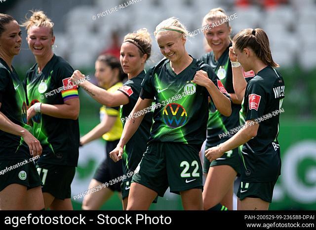29 May 2020, Lower Saxony, Wolfsburg: Football, women: Bundesliga, VfL Wolfsburg - 1st FC Cologne, 17th matchday at the AOK stadium