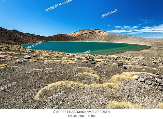 Blue Lake, Crater Lake, Volcanic Landscape, Tongariro Alpine Crossing, Tongariro National Park, North Island, New Zealand
