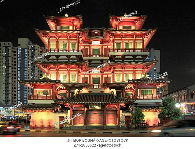 Singapore, Chinatown, Buddha Tooth Relic Temple,