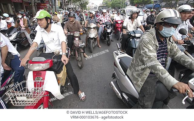 Time-lapse animation of traffic/street life in Ho Chi Minh City, Vietnam