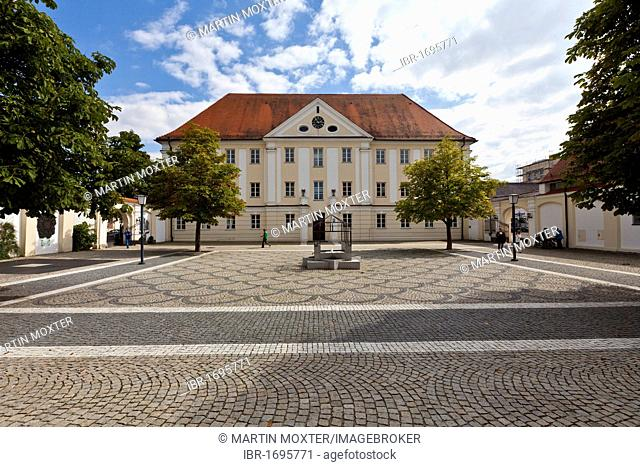 Dossenbergerhaus, former Pre-Austrian barracks, Frauenplatz square, Guenzburg, Donauried, Swabia, Bavaria, Germany, Europe
