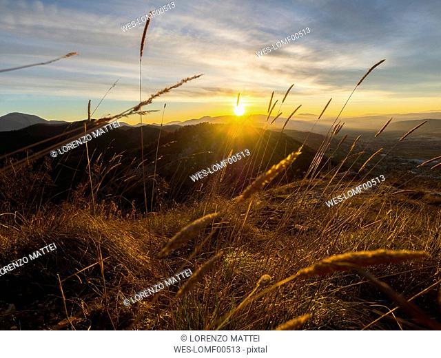 Italy, Umbria, Gubbio, view to Sibillini Mountains at sunrise
