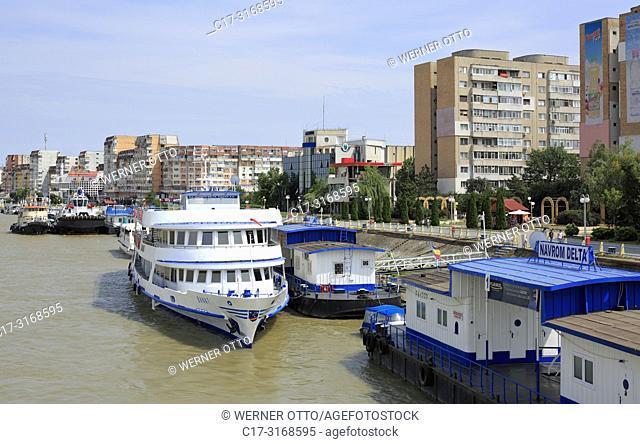 Tulcea, Romania, Tulcea at the Danube, Saint George branch, Tulcea County, Dobrudja, Gate to the Danube Delta, city view, harbour
