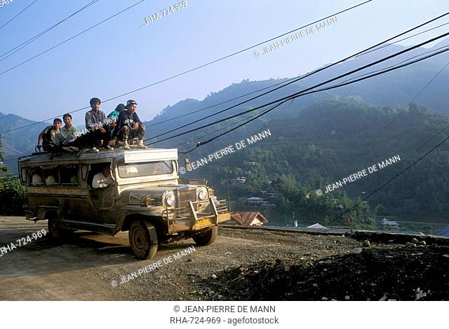 Truck carrying passengers on the roof, Banaue, island of Luzon, Philippines, Southeast Asia, Asia