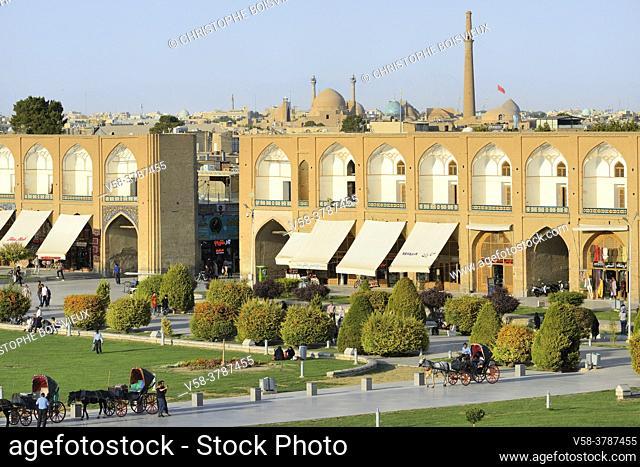 Iran, Isfahan, World Heritage Site, Naqhsh-e Jahan Square (Imam square)