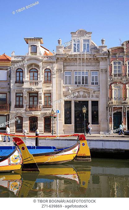 Portugal, Beira Litoral, Aveiro, Canal Central, moliceiro boats