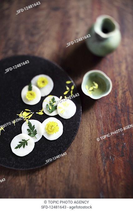 Flower Shaped Rice Cake (Korea)