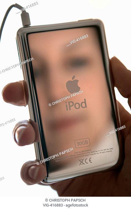 DEU, Germany, Bonn. Apple's MP3-Player iPod Video. - Bonn, Nordrhein-Westfalen, Germany, 26/01/2007