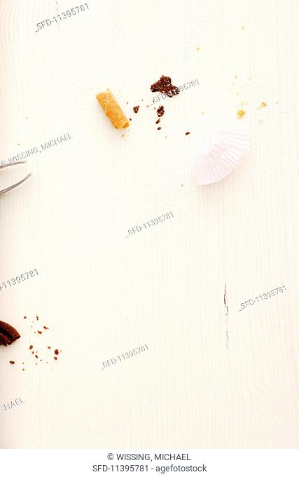 Christmas biscuit crumbs and paper cases