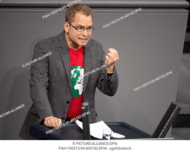 15 March 2019, Berlin: Lorenz Gösta Beutin (The Left), Member of Parliament, speaks in the Bundestag. Topics of the 87th session include International Women's...