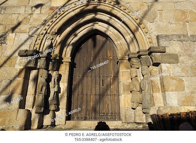 Spain. Zamora, Puebla de Sanabria. Santa Maria de Azogue church. Door