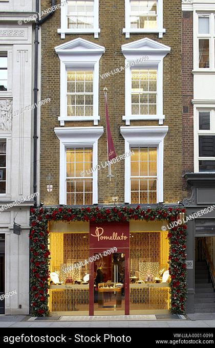 High-end London retail - Bond street. London cityscape, streets and facades, London, United Kingdom. Architect: Various, 2020