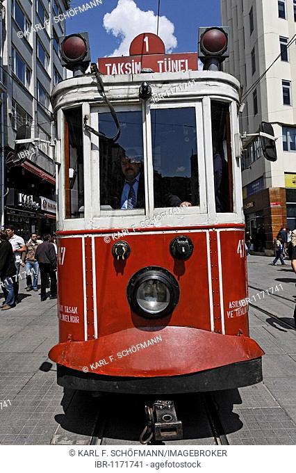 Historic tram on Istiklal Caddesi, Independence Street, front view, Beyoglu, Istanbul, Turkey