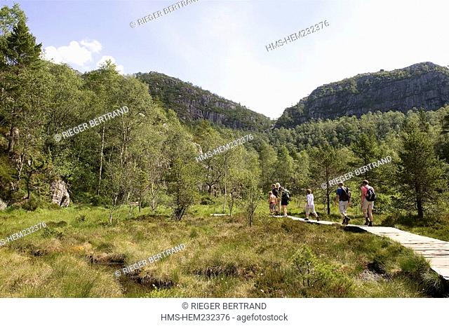 Norway, Rogaland County, around Lysefjord, hiking trail leading to Preikestolen Rock
