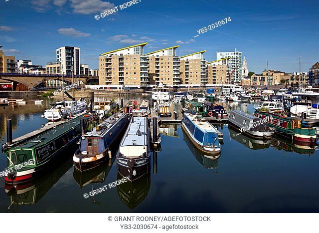 Limehouse Basin, London, England.1015