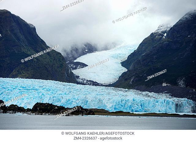 View of the Amalia Glacier, also known as Skua Glacier, a tidewater glacier located in Bernardo O'Higgins National Park on the edge of the Sarmiento Channel in...