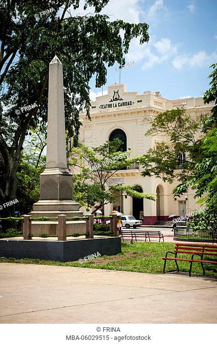 Obelisk with the Teatro La Caridad in the background, Parque Vidal, Santa Clara