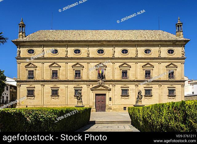 Town Hall, Palacio de las Cadenas by architect Andres de Vandelvira in plaza Vazquez de Molina. Ubeda, Jaén province. southern Andalusia. Spain Europe