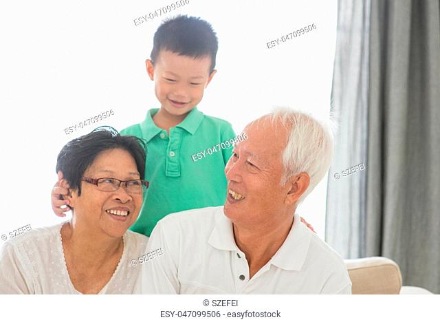 Grandchild and grandparents