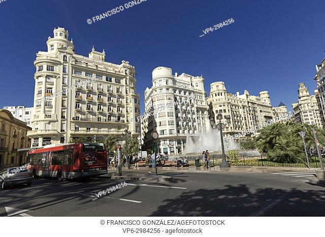 The Plaza del Ayuntamiento is the name given to one of the most important and central squares of the city of Valencia