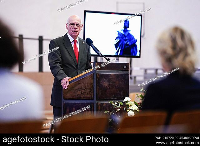 20 July 2021, Rhineland-Palatinate, Worms: Norbert Lammert, former president of the Bundestag and laudator, speaks at the Luther Award ceremony in the...