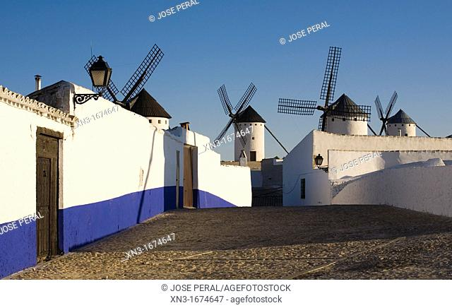 Windmills, Campo de Criptana, Ciudad Real province, Ruta de Don Quijote, Castilla-La Mancha, Spain, Europe