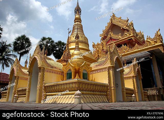 Reclining Buddha at Wat Chayamangkalaram, , Wat Chayamangkalaram, thai buddhist temple, Penang, Malaysia