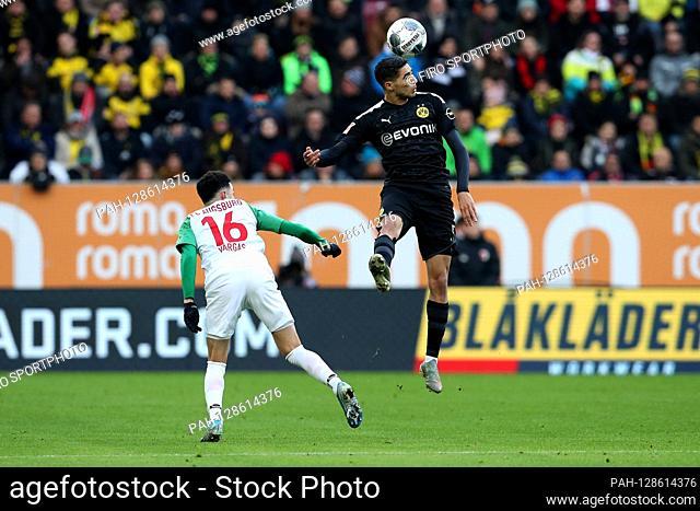 firo: 18.01.2020, football, 1.Bundesliga, season 2019/2020, FC Augsburg - Borussia Dortmund, Ruben Vargas, FC Augsburg, FCA, Augsburg, Achraf Hakimi