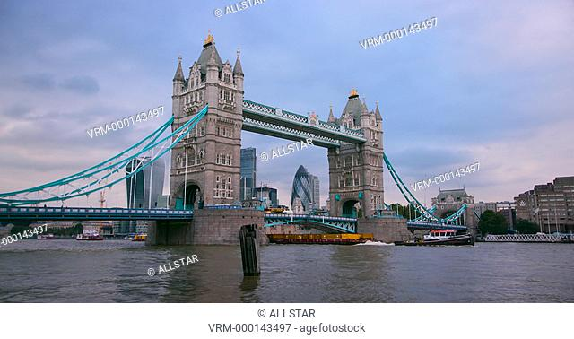 TOWER BRIDGE; LONDON, ENGLAND; 20/09/2016