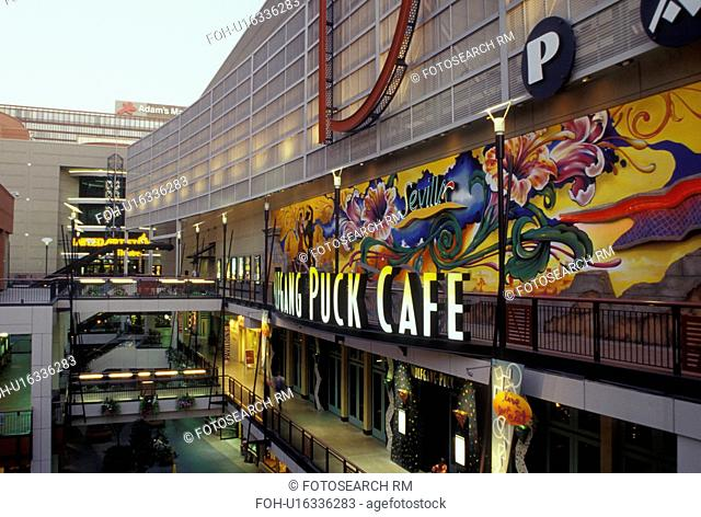 Denver, CO, Colorado, downtown, shopping district, 16th Street Mall, Wolfgang Pack Cafe, evening