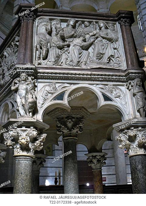 Pisa (Italy). Architectural detail of the Pulpit by Nicola Pisano in the interior of the Baptistery of the Cathedral Square of Pisa