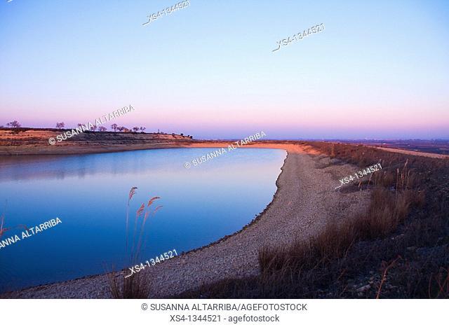 Recreation area near to 'Panta de la Basella' artificial water reservoir in Miralcamp, Mollerussa, Lleida, Catalonia, Spain, Europe