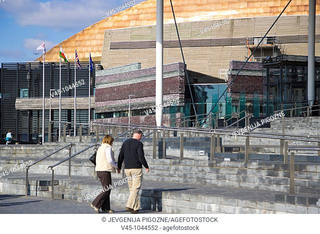 The Senedd, Senate, National Assembly building, by architect Richard Rogers, and Wales Millennium Centre. Canolfan Mileniwm Cymru. Cardiff Bay