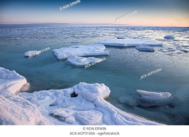 Ice floes at the coast of Hudson Bay near the Seal River estuary north of Churchill in Manitoba, Canada