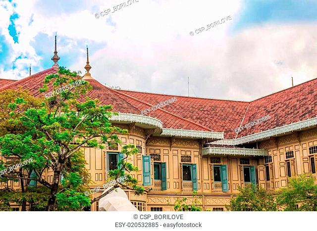 Vimanmek Mansion, Dusit Palace, the world's largest golden teak