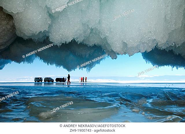 Cars and people on frozen Lake Baikal, island Olkhon, Lake Baikal, Siberia, Russia, Eurasia