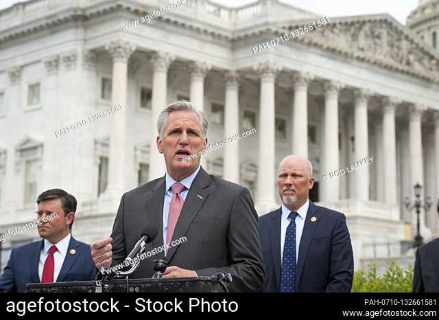 House Minority Leader Rep. Kevin McCarthy (R-Calif.) holds a media availability with House Minority Whip Rep. Steve Scalise (R-LA)