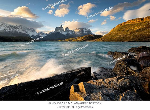 Landscape view of windy weather conditions over lago pehoe. Torres del Paine National Park, Patagonia, Chile