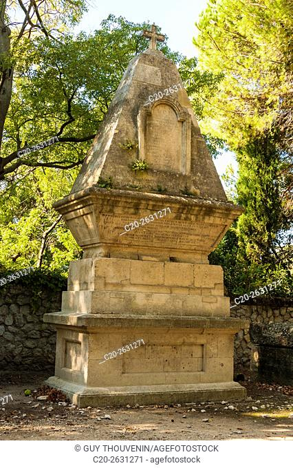Funeral monument, Alyscamps, sarcophagi alley, gallo roman period, Arles, 13, Provence, France