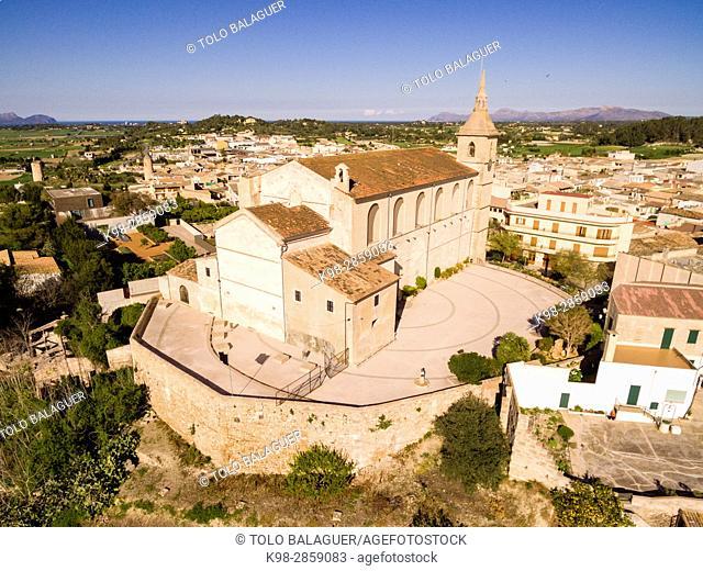 Iglesia Parroquial de Santa Margalida, levantada entre los siglos XVI y XVII sobre los restos de un templo anterior, Santa Margalida, Mallorca, balearic islands