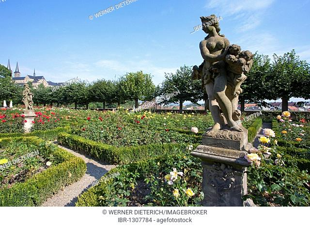 Rococo figures in the Rose Garden, Baroque garden of the New Residence on Cathedral Hill, Bamberg, Franconia, Bavaria, Germany, Europe